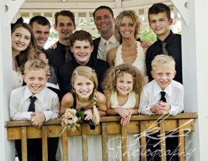 family wedding pic (640x497)